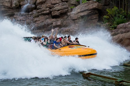Honors students ride the Jurassic Park River Adventure at Universal Studios